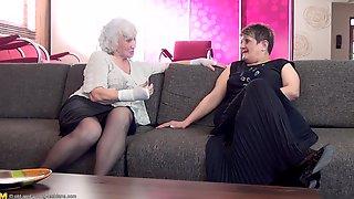 секс лизбианка старушки силуйса - 3