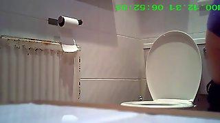 Скрытая камера в раковине япония смотреть