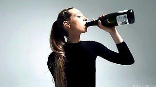видео анального фистинга бутылкой - 4