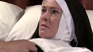 Застукал за сексом монахинь видео — img 12
